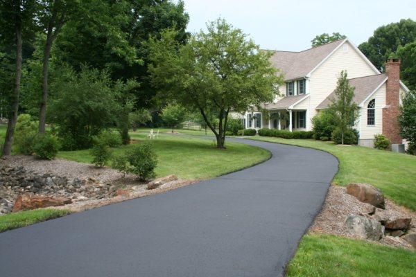 Sealing long driveways